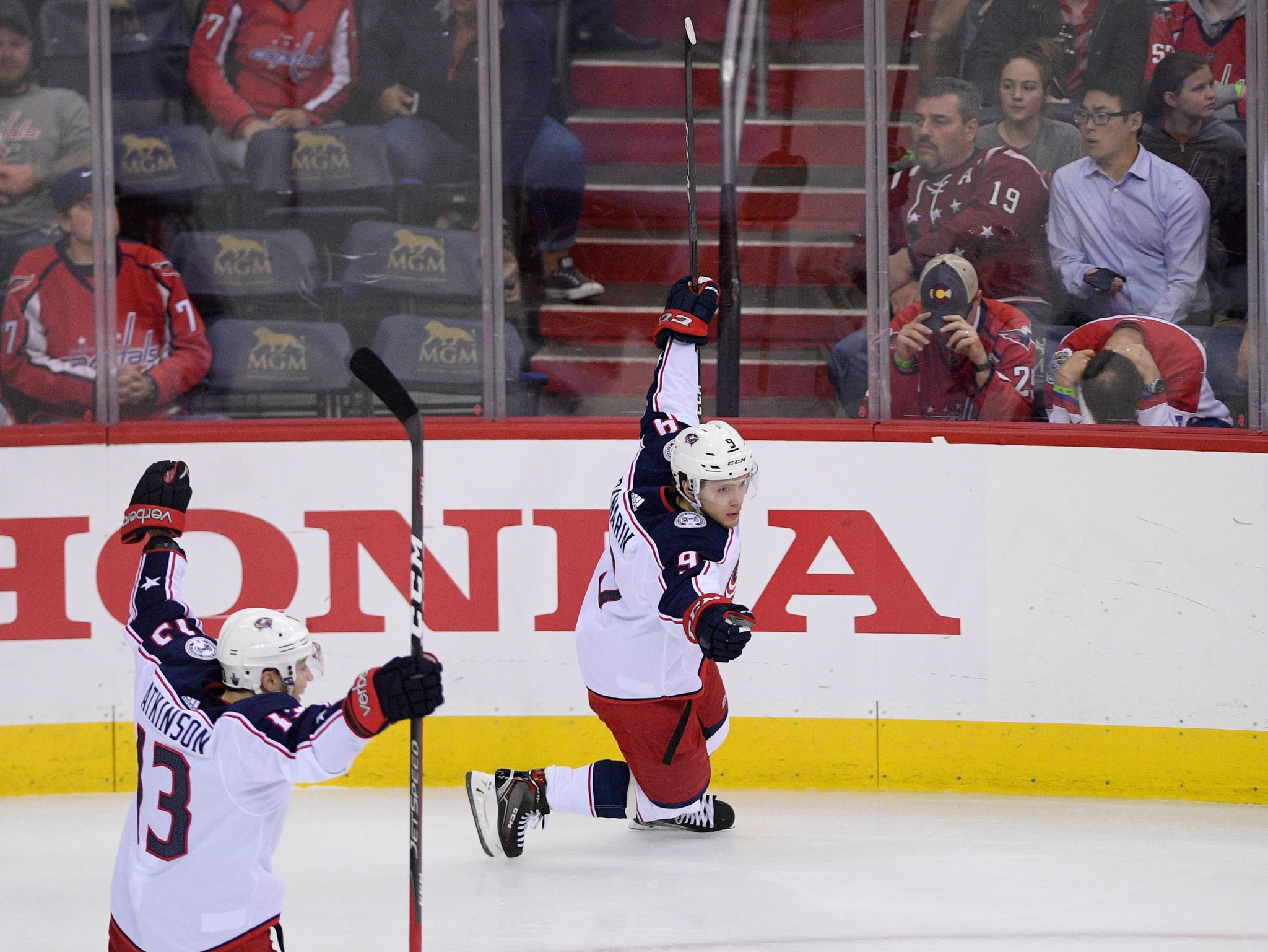 Blue_jackets_capitals_hockey_90370_s2048x1537