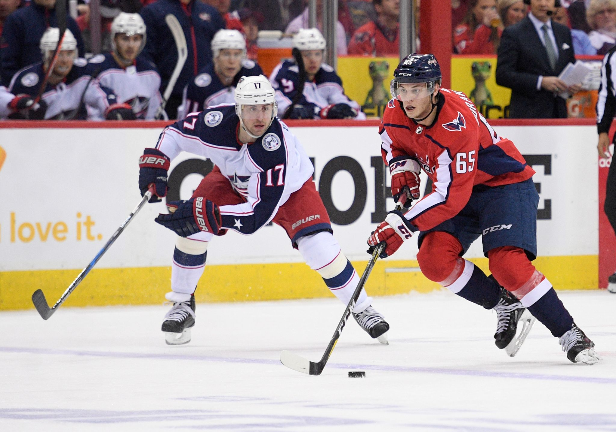 Blue_jackets_capitals_hockey_65975.jpg-c69e1_s2048x1439