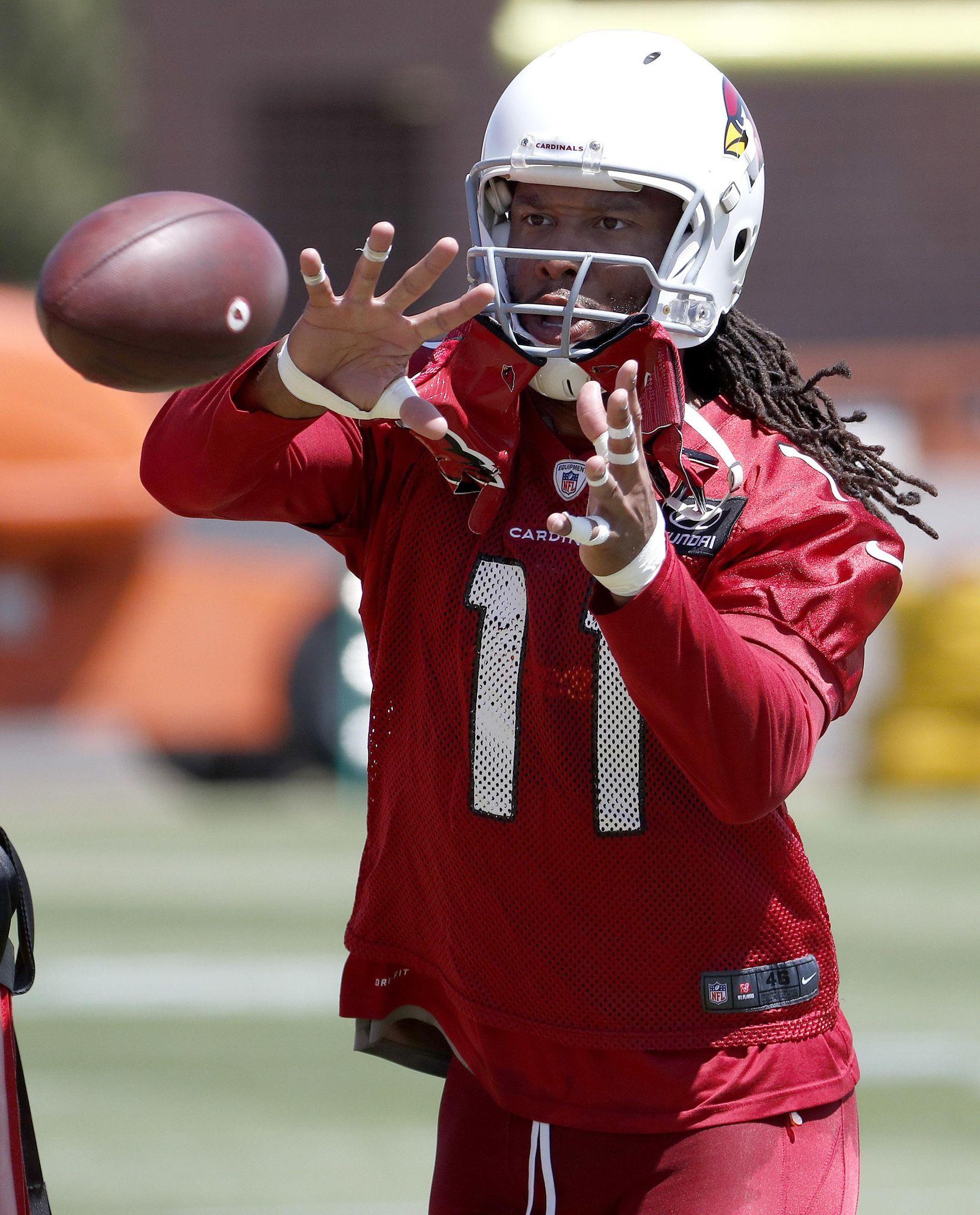 Cardinals_football_55098_s1652x2048