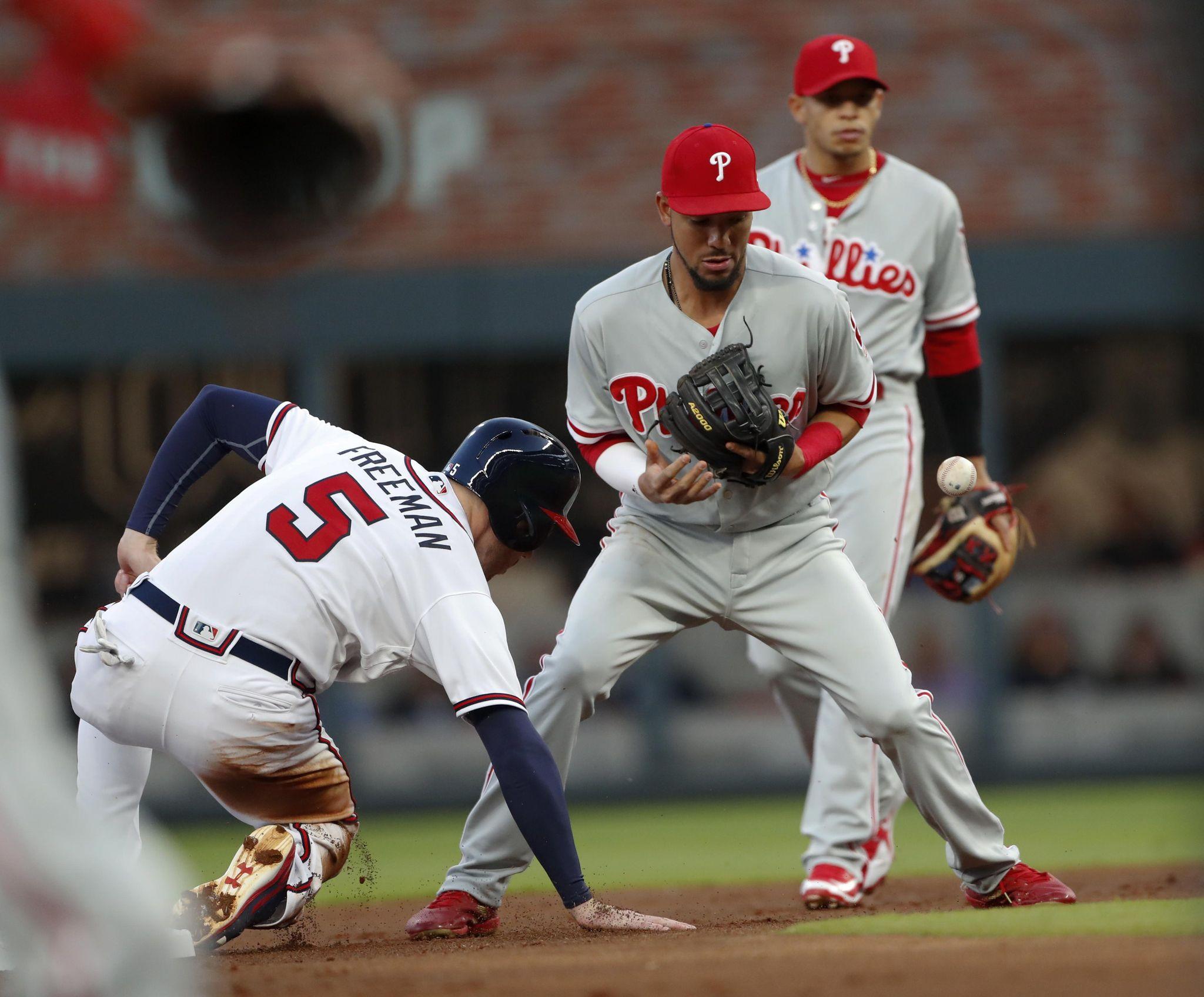 Phillies_braves_baseball_17325_s2048x1695