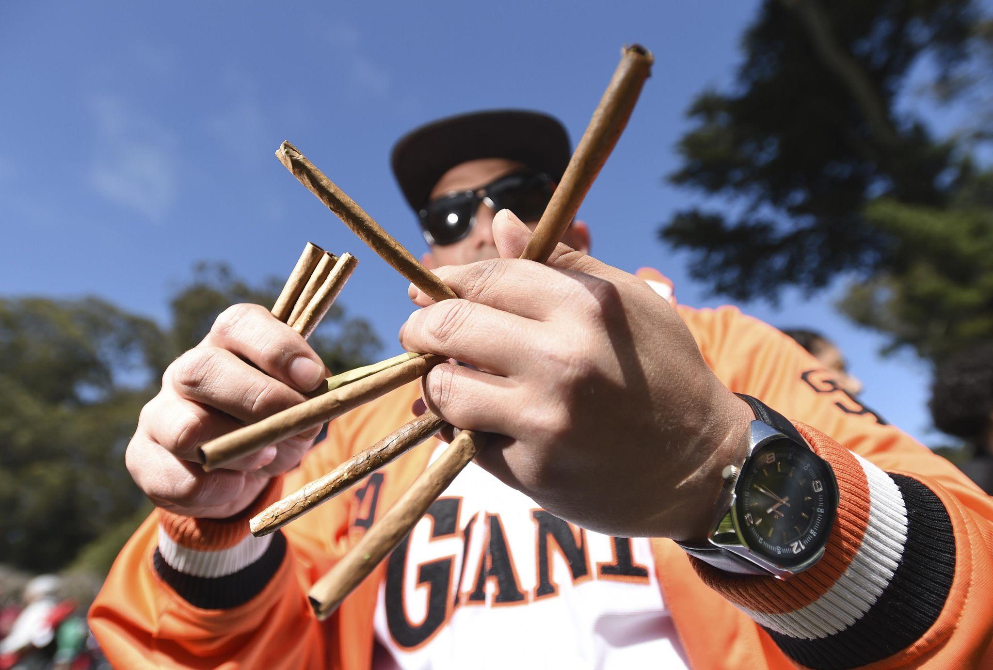 Marijuana convictions expected to be expunged under bill passed in California legislature