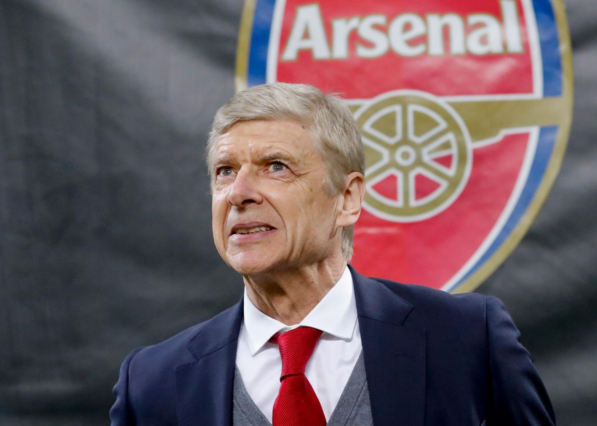 Soccer_arsenal_wenger_quits_10477_s2048x1463