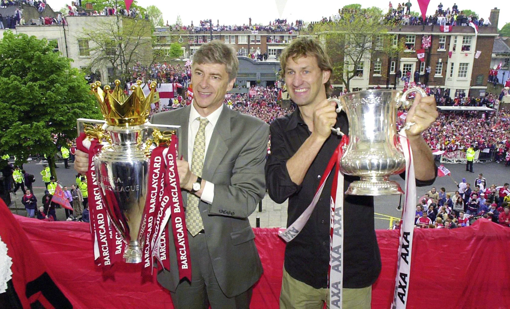 Soccer_arsenal_wenger_quits_40147_s2048x1239