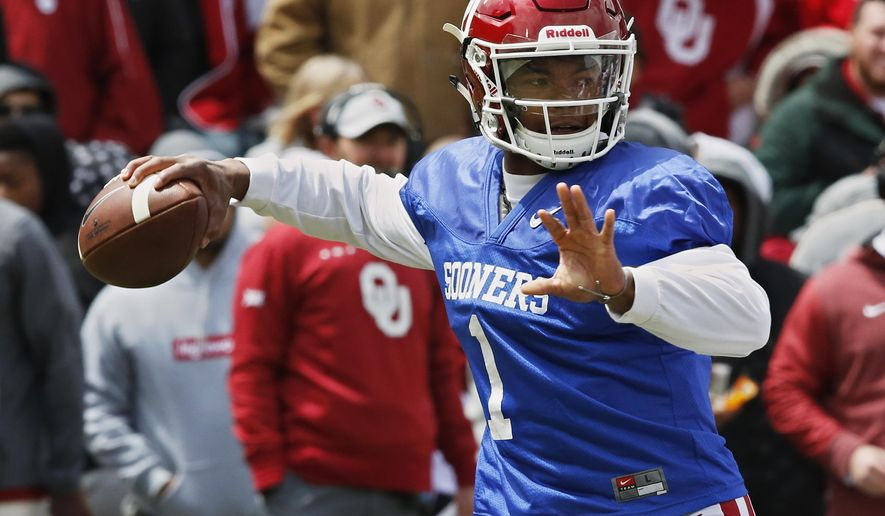 Oklahoma quarterback Kyler Murray (1) passes during an NCAA college football spring intrasquad game in Norman, Okla., Saturday, April 14, 2018. (AP Photo/Sue Ogrocki)