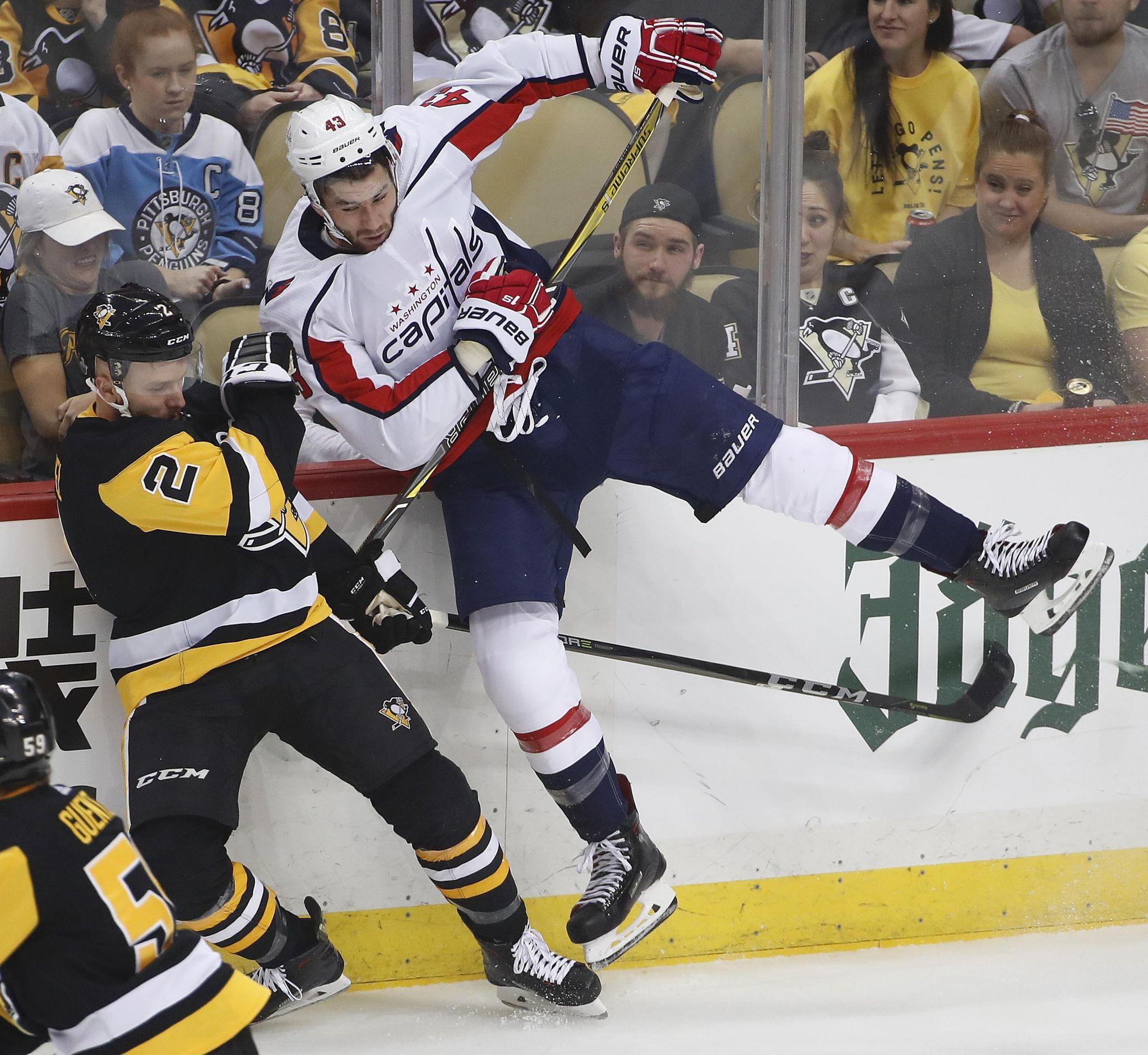 Capitals_penguins_hockey_93718_s2048x1882