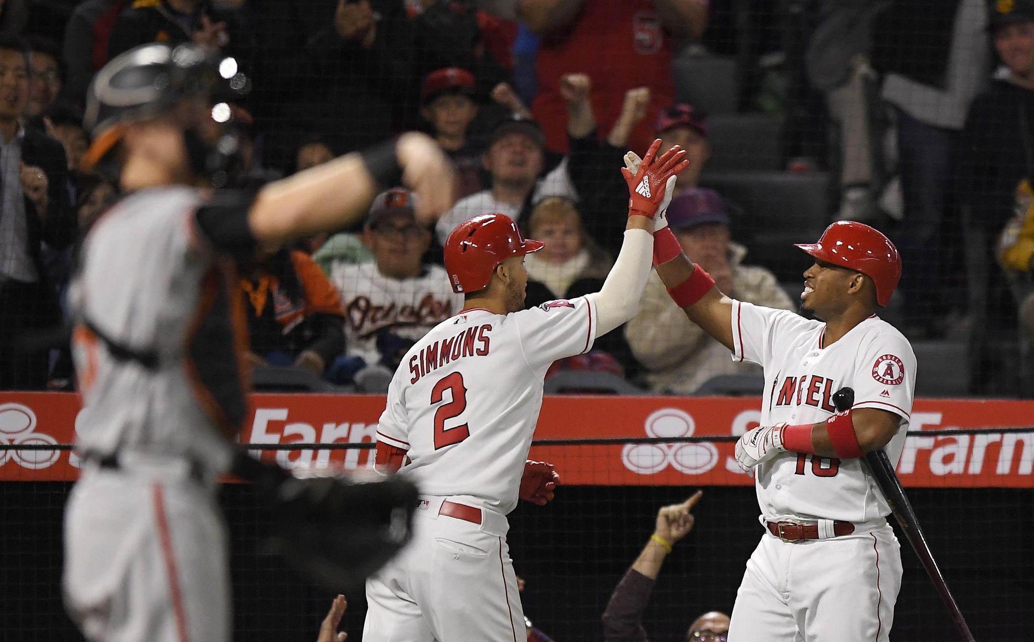 Orioles_angels_baseball_82358_s2048x1271