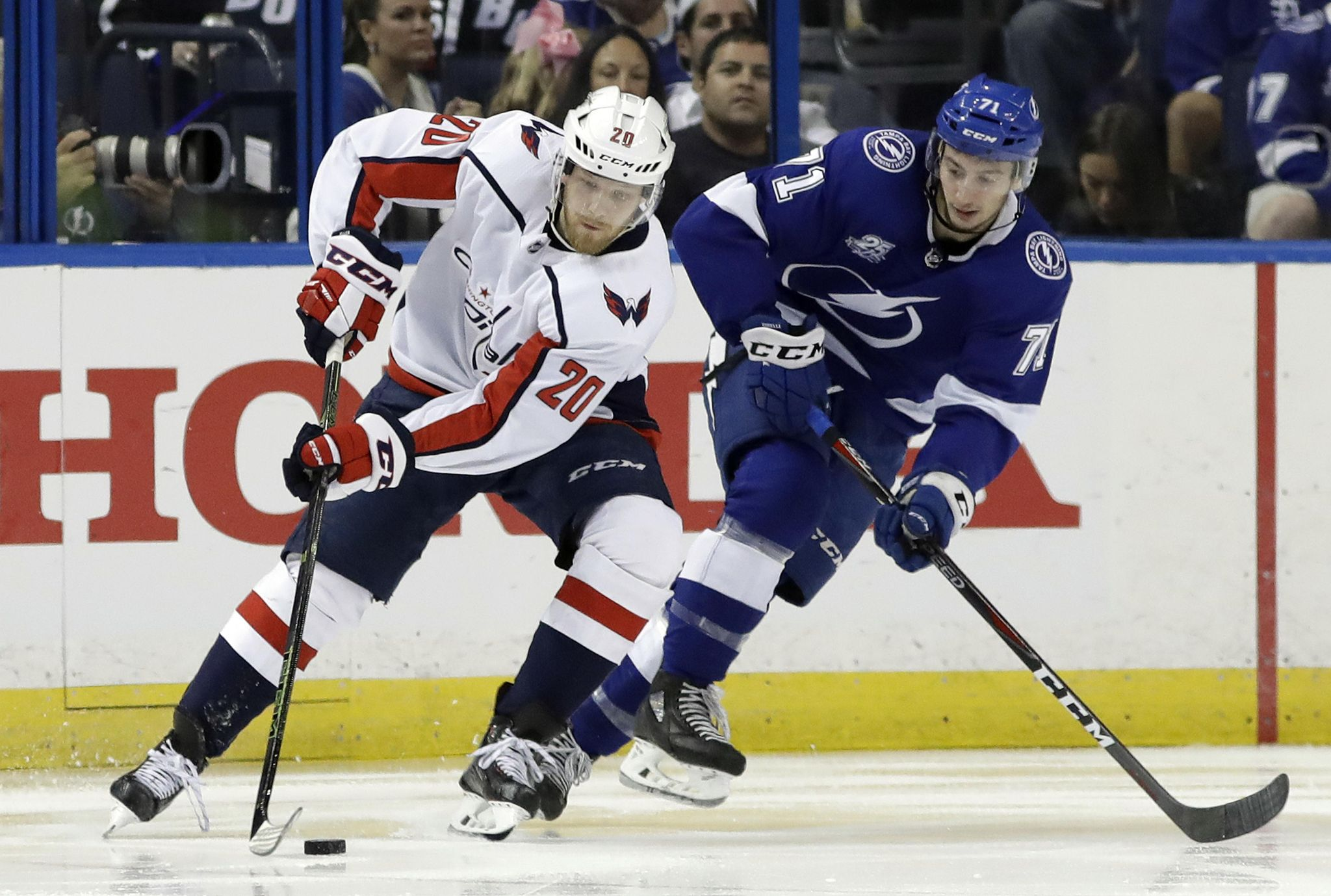 Capitals_lightning_hockey_82413_s2048x1379