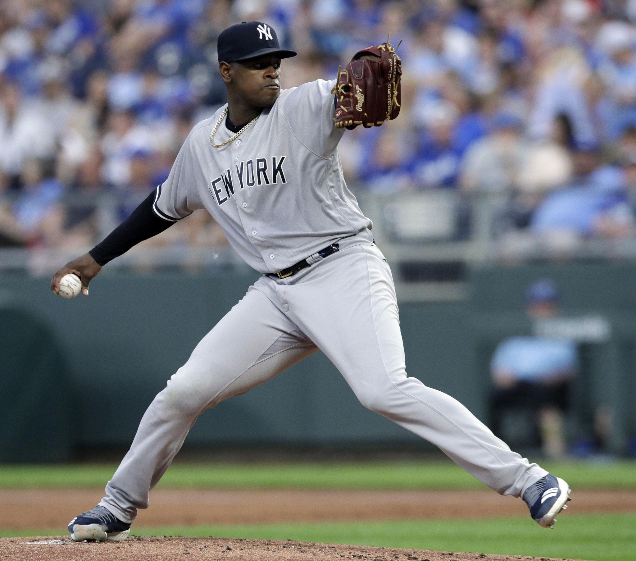 Yankees_royals_baseball_30798_s2048x1806