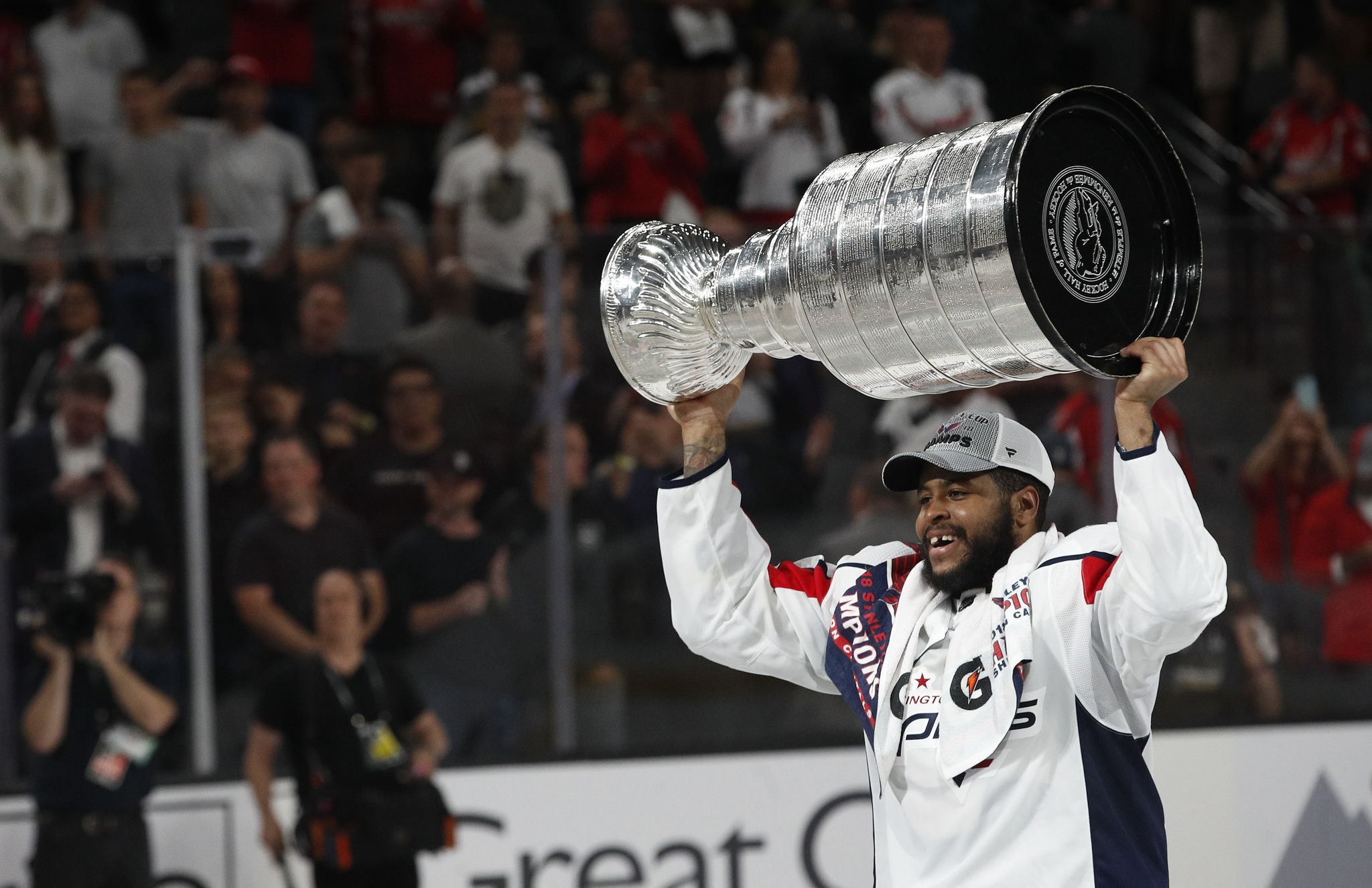 Stanley_cup_capitals_golden_knights_hockey_29103.jpg-f2aac_s2048x1325