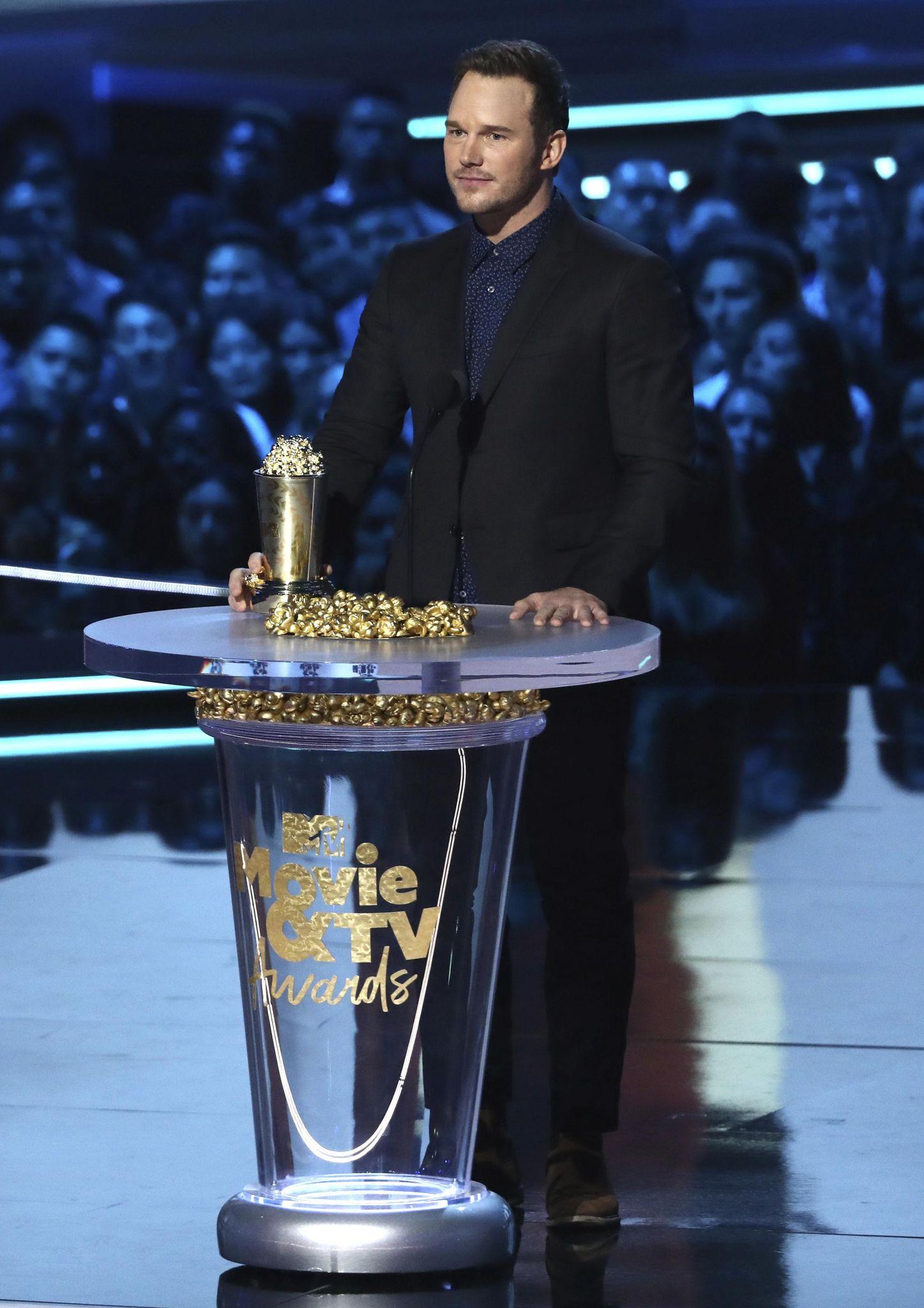 Chris Pratt shares the Gospel at the MTV Awards