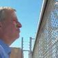 New York City Mayor Bill de Blasio stands outside a holding facility for children of illegal immigrants in Tornillo, Texas, June 21, 2018. (Image: Twitter, ABC-7 New York, video screenshot)
