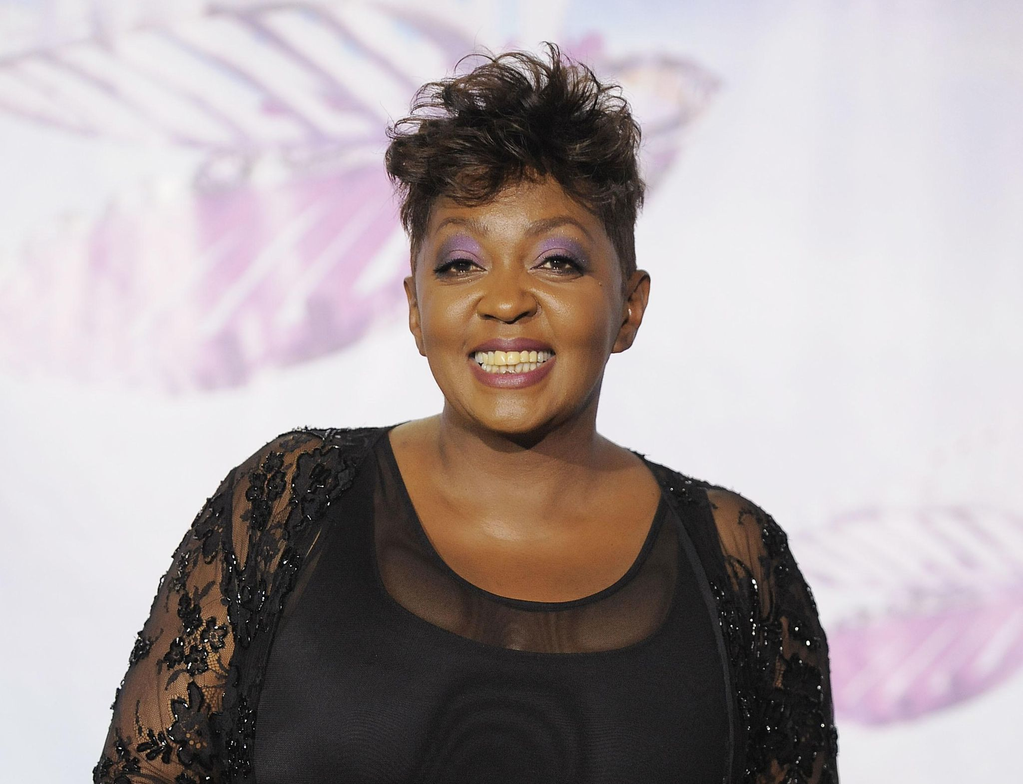 Anita Baker, H.E.R., Meek Mill shine at BET Awards