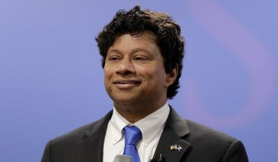 FILE - In this June 8, 2017 file photo, Shri Thanedar, a scientist and entrepreneur who has experienced big highs and lows in business, announces his candidacy for Michigan governor during a news conference in Detroit. Second-term Gov. Rick Snyder's impending departure under term limits has led four Republicans and three Democrats into a battle to follow him. The Democratic side features former Senate Minority Leader Gretchen Whitmer and two candidates who have never held elective office: businessman Shri Thanedar and ex-Detroit health director Abdul El-Sayed. (AP Photo/Carlos Osorio, File)
