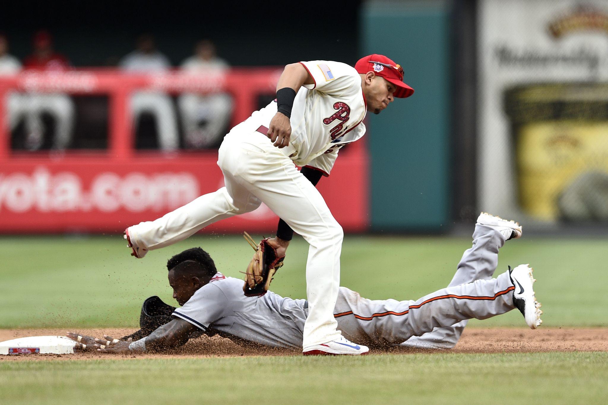 Orioles_phillies_baseball_94244.jpg-fdf03_s2048x1363