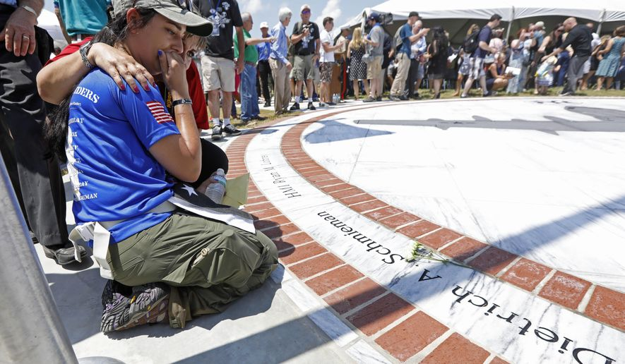 Mississippi honors Marine plane crash victims with memorial