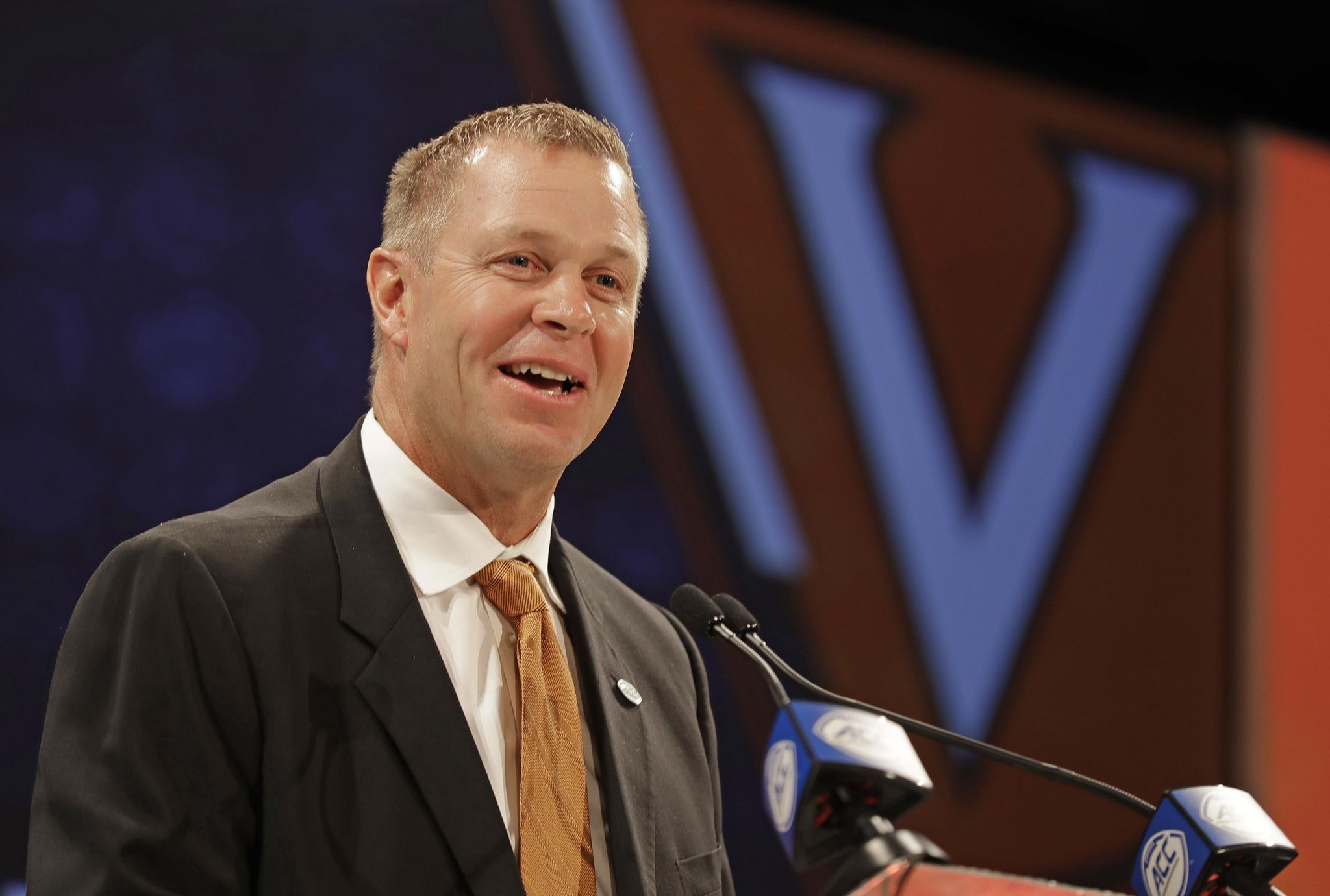 Bronco Mendenhall pledges $500,000 to Virginia fundraising project - Washington ...