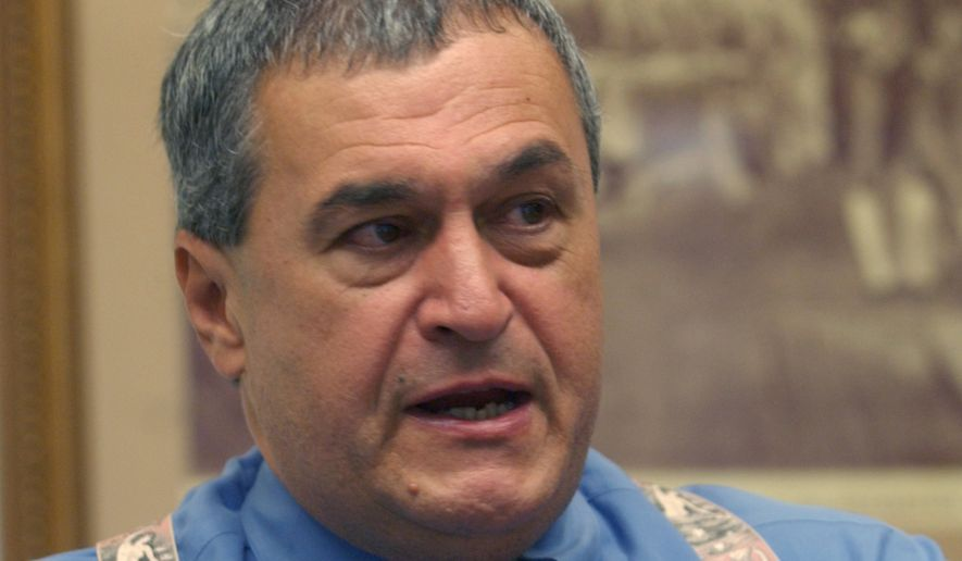 Tony Podesta, the Pennsylvania manager for the Kerry-Edwards campaign, speaks to Associated Press reporters in Philadelphia, Tuesday, Sept. 28, 2004. Podesta discussed strategy for the last five weeks of the presidential campaign. (AP Photo/Jacqueline Larma)