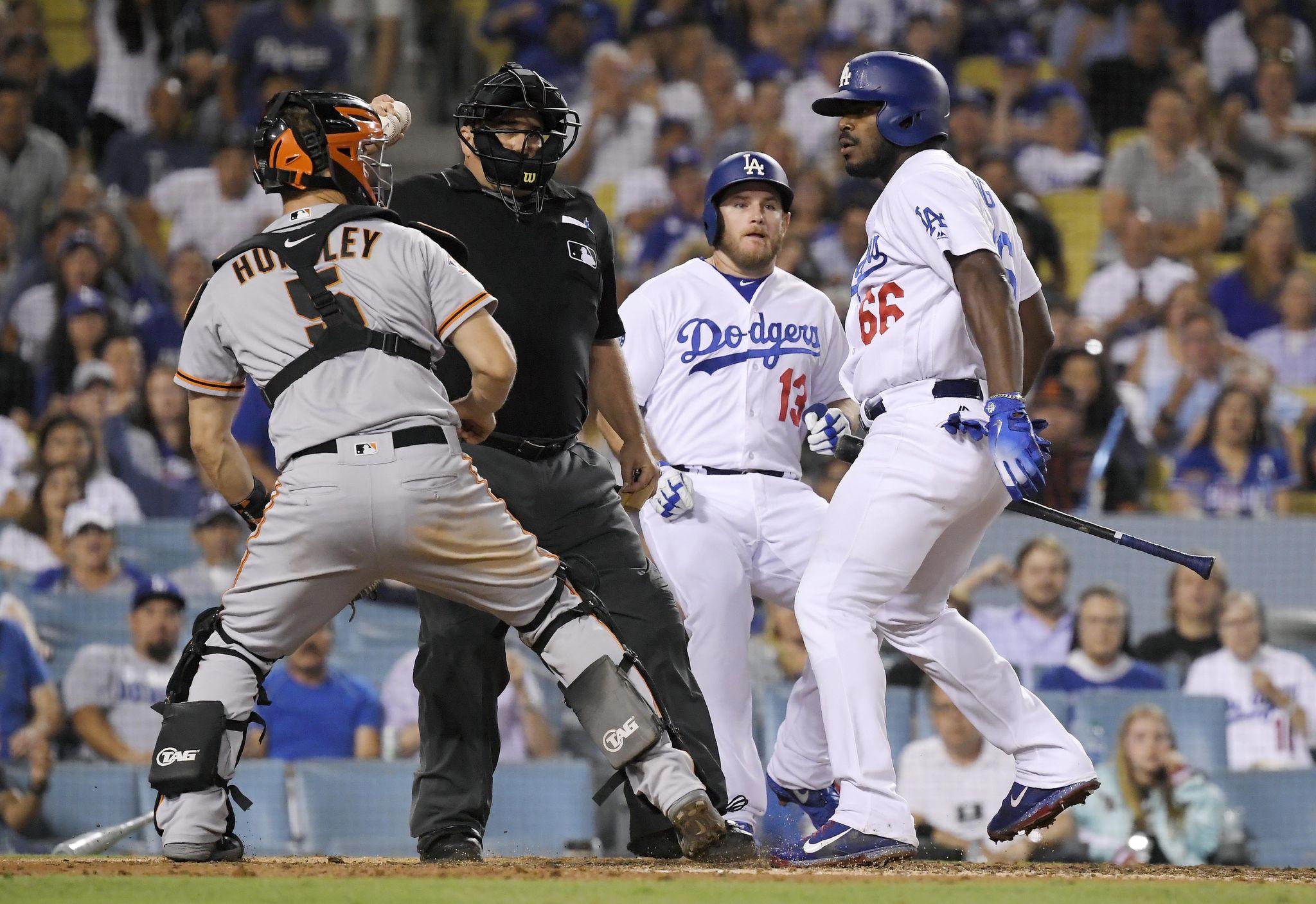 Giants_dodgers_baseball_37247_s2048x1407