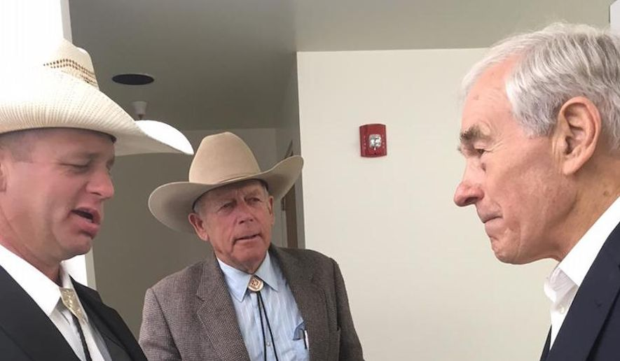 Ryan Bundy (left) with his father Cliven gets the endorsement of former Rep. Ron Paul (right). (Image: Facebook/RonPaul)