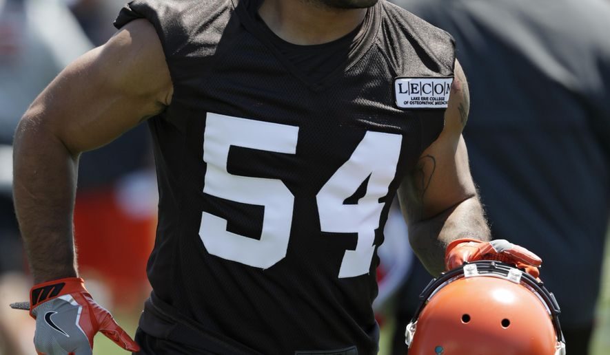 best website 909f0 926a2 Browns release LB Kendricks following trading charges ...