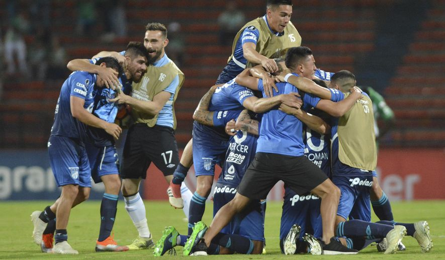 Players Of Argentinas Atletico Tucuman Celebrate After Losing   Against