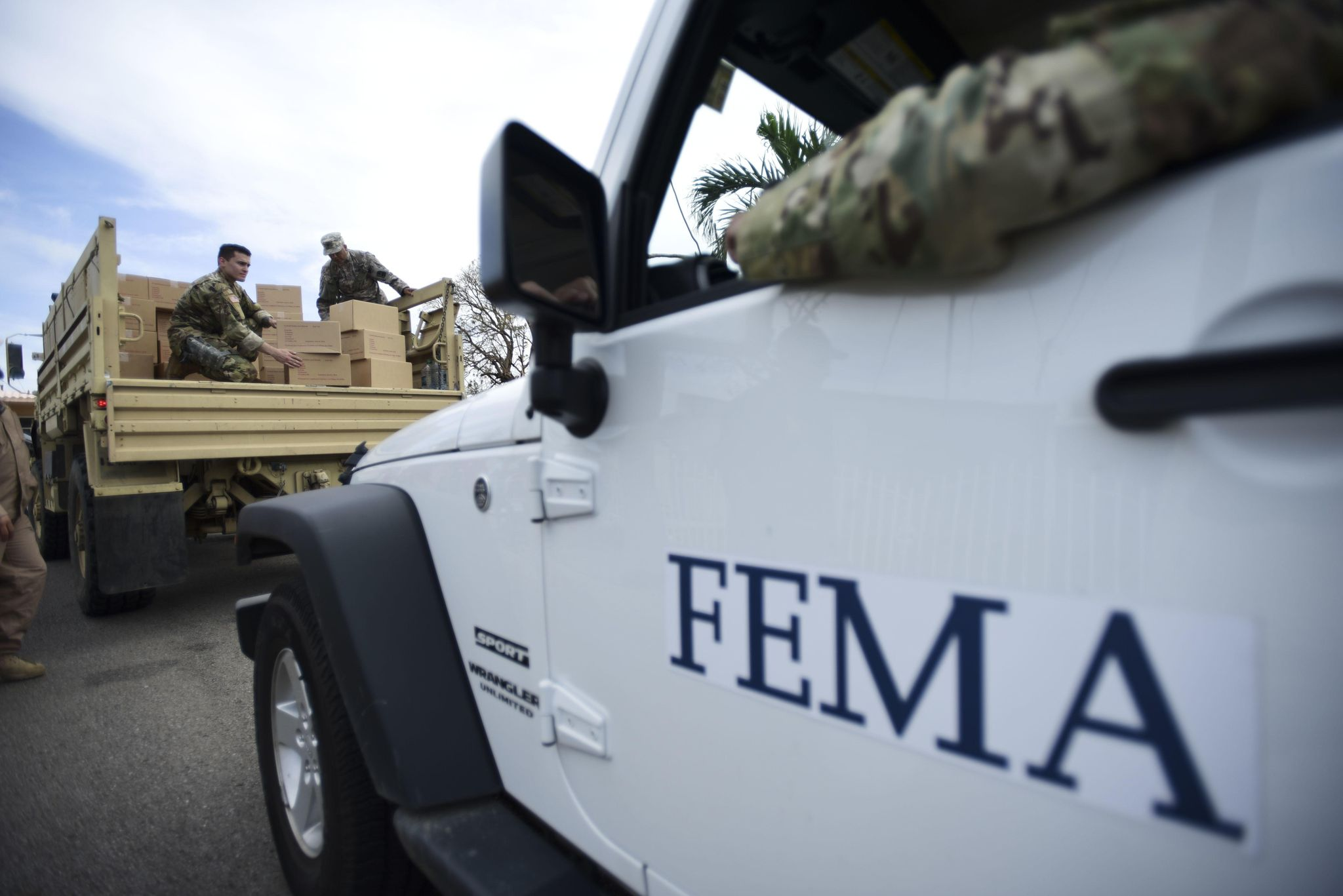 FEMA fights 'rumors' as Florence arrives, including reports that $10M was given to ICE