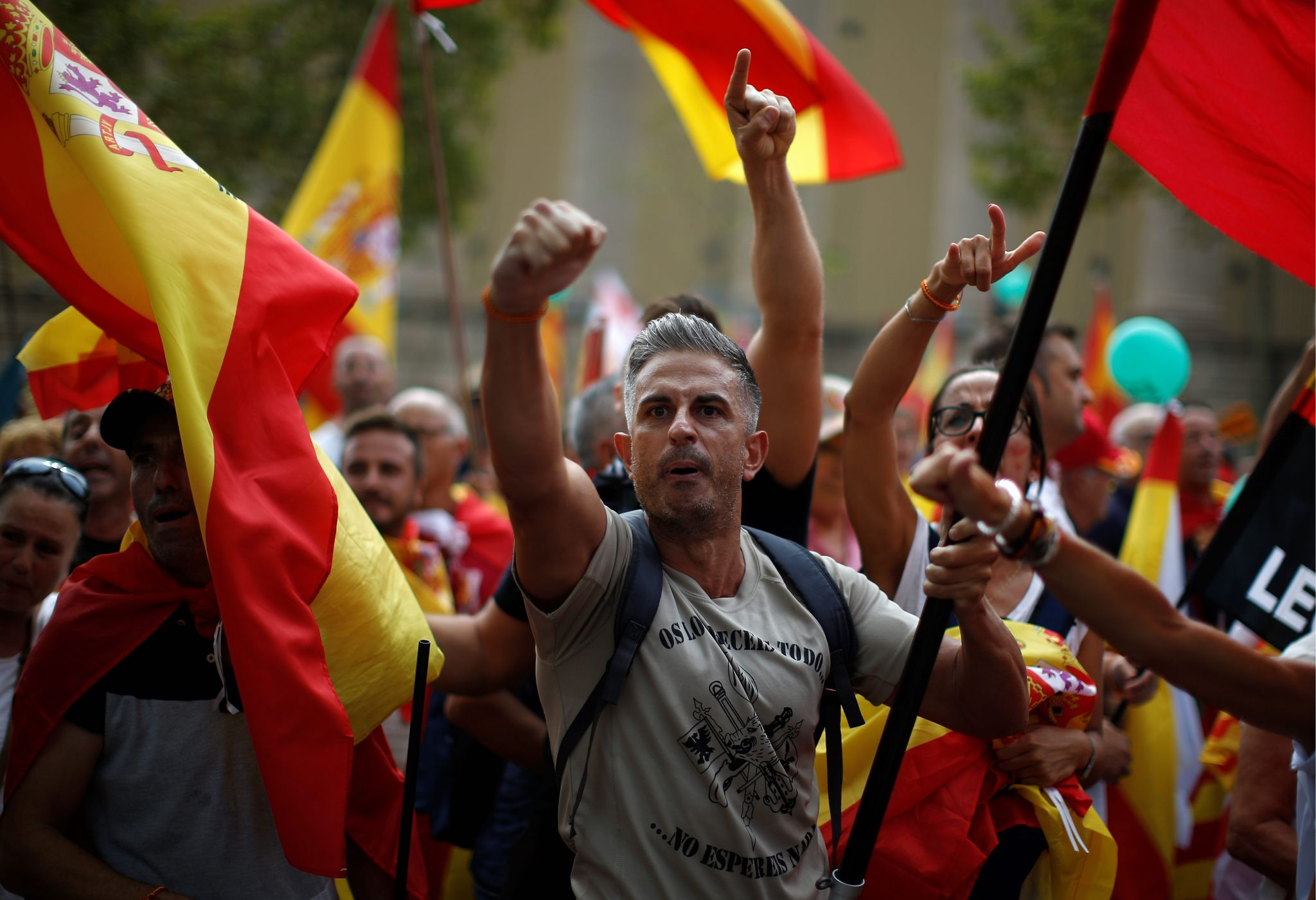 Catalonia separatists seek break with Spain, Barcelona shutdown threatened - Washington Times
