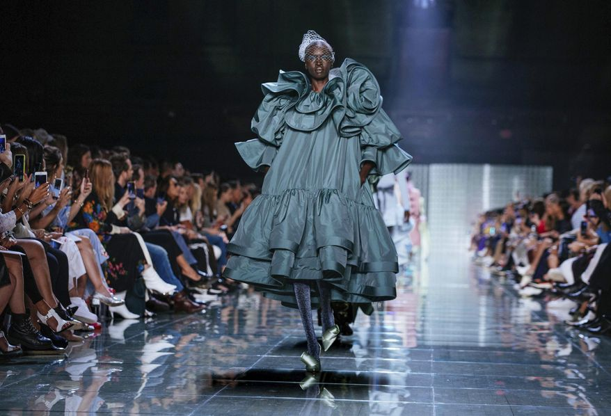 The Marc Jacobs spring 2019 collection is modeled during Fashion Week Wednesday, Sept. 12, 2018, in New York. (AP Photo/Kevin Hagen)