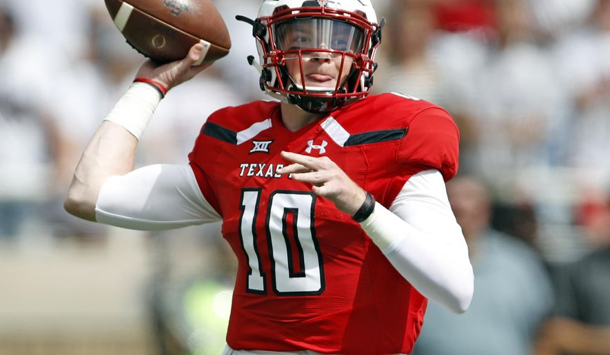 STAT WATCH  Freshman Alan Bowman next big arm at Texas Tech (2.04 12) 9744eecf5