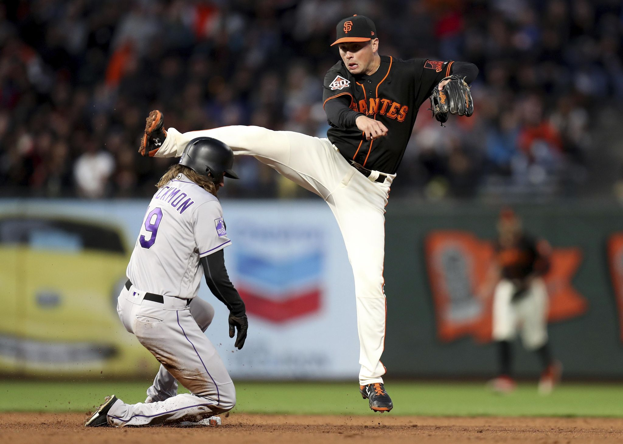 Bumgarner, Giants' pen knock Rockies out of 1st in division - Washington Times