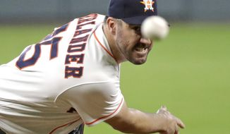 Houston Astros starting pitcher Justin Verlander throws against the Arizona Diamondbacks during the first inning of baseball game Sunday, Sept. 16, 2018, in Houston. (AP Photo/David J. Phillip)
