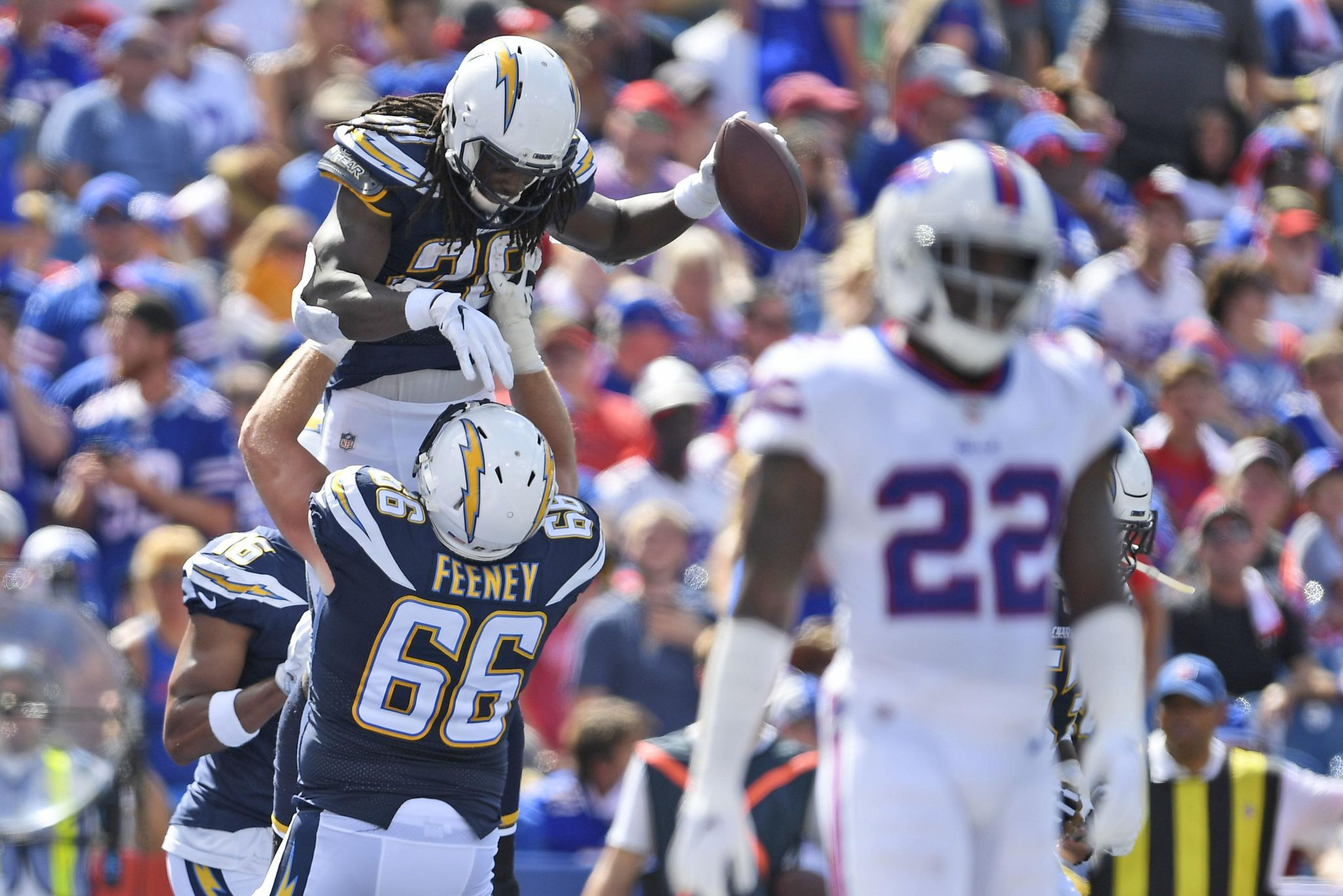 Chargers RB Gordon showing versatility as a receiv...