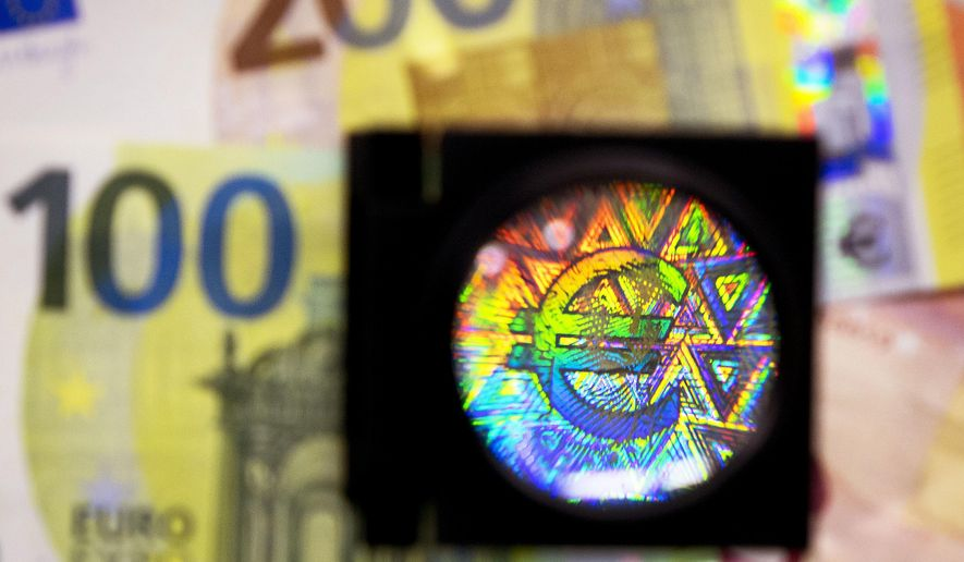 100 euro feature