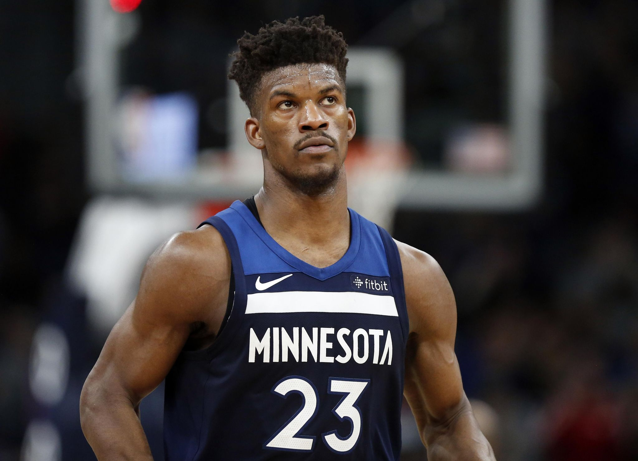 On_basketball_jimmy_butler_63677_s2048x1482
