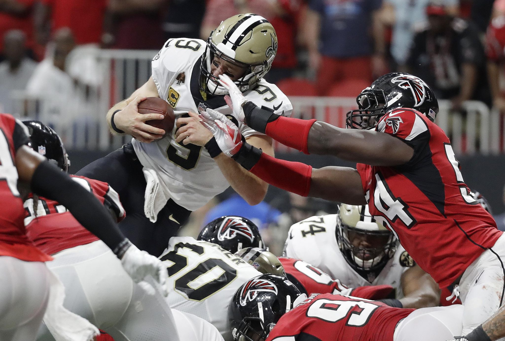 Aptopix_saints_falcons_football_26370_s2048x1383