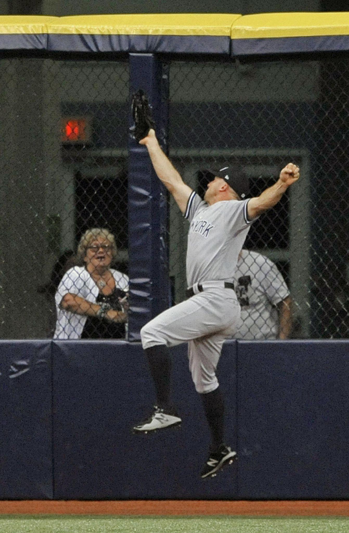 Yankees_rays_baseball_41155_s1342x2048