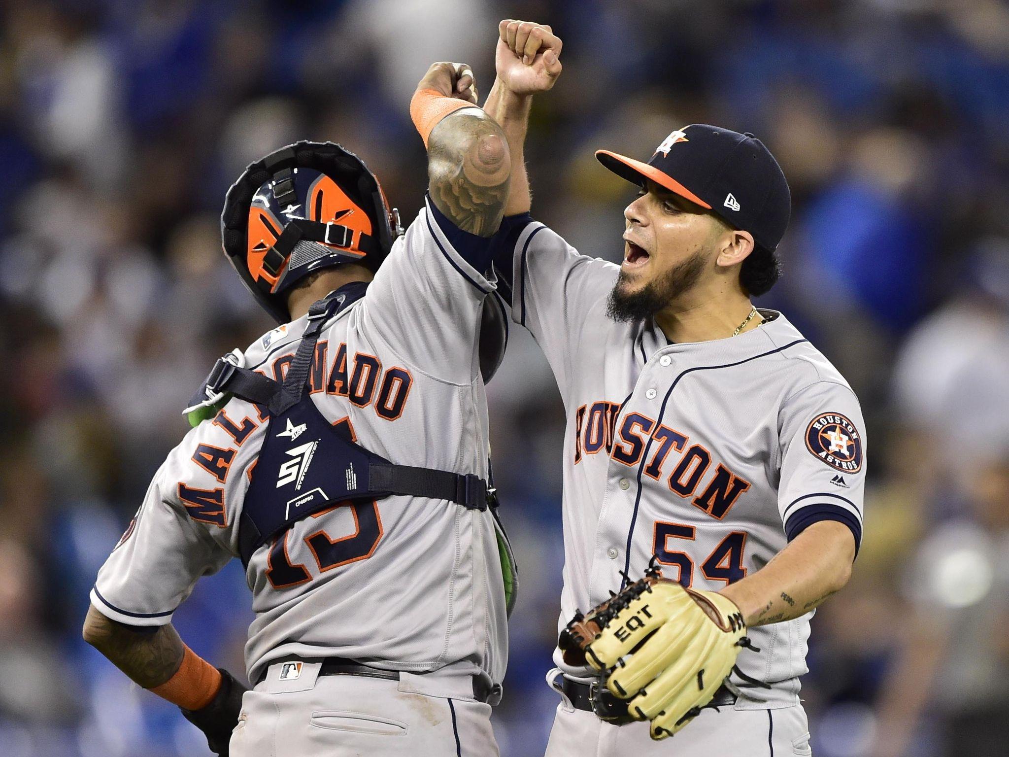 Astros_blue_jays_baseball_53819_s2048x1536