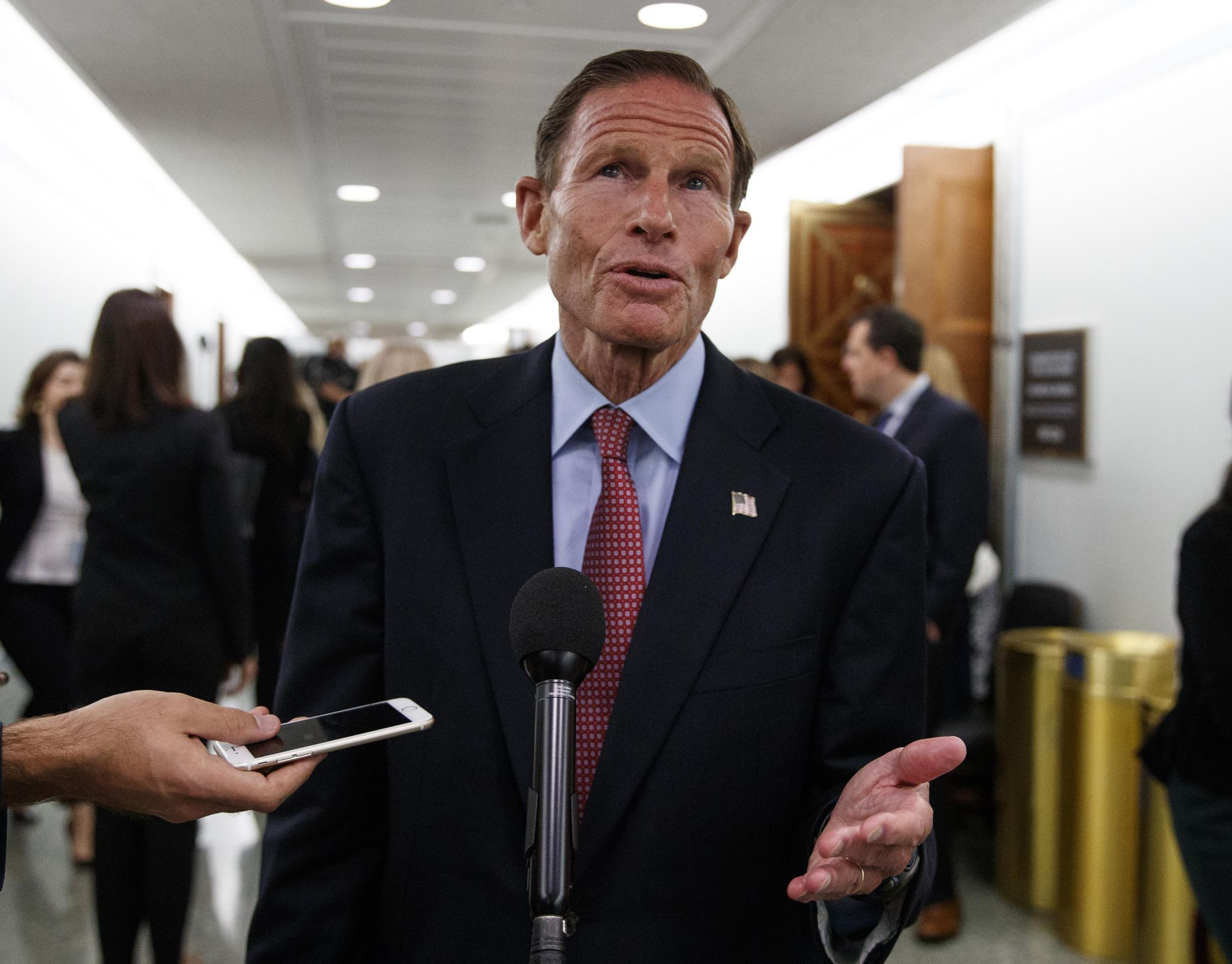 Richard Blumenthal demands 'ironclad' commitment from AG nominee Barr to release the Mueller report