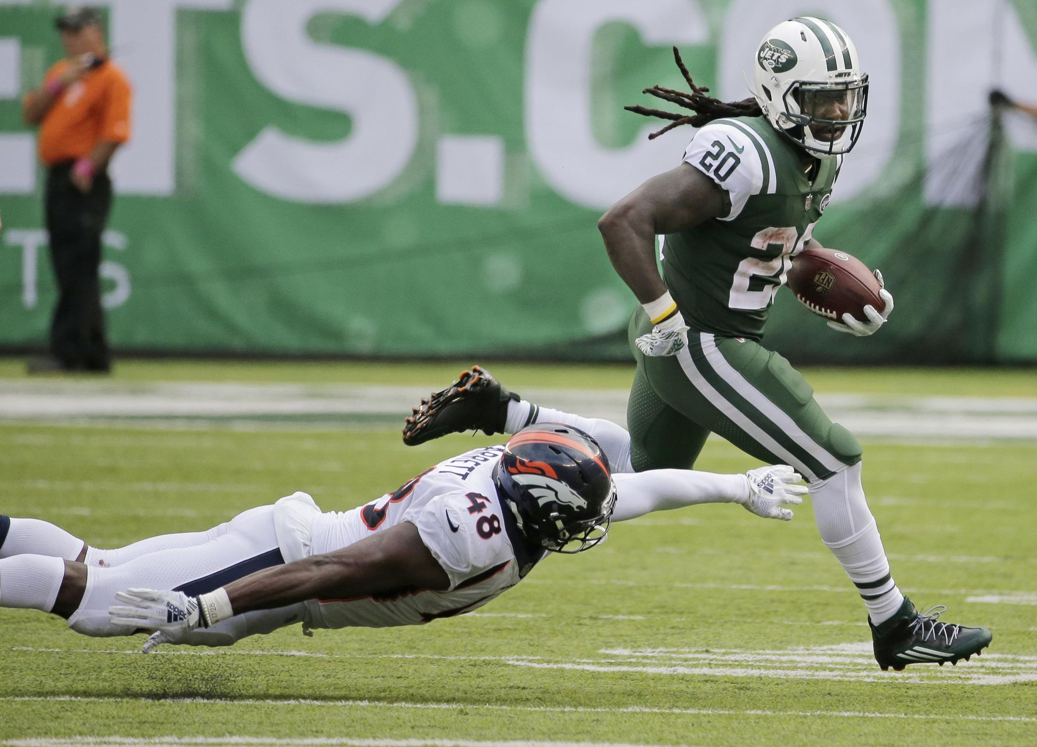 Broncos_jets_football_61432_s2048x1475
