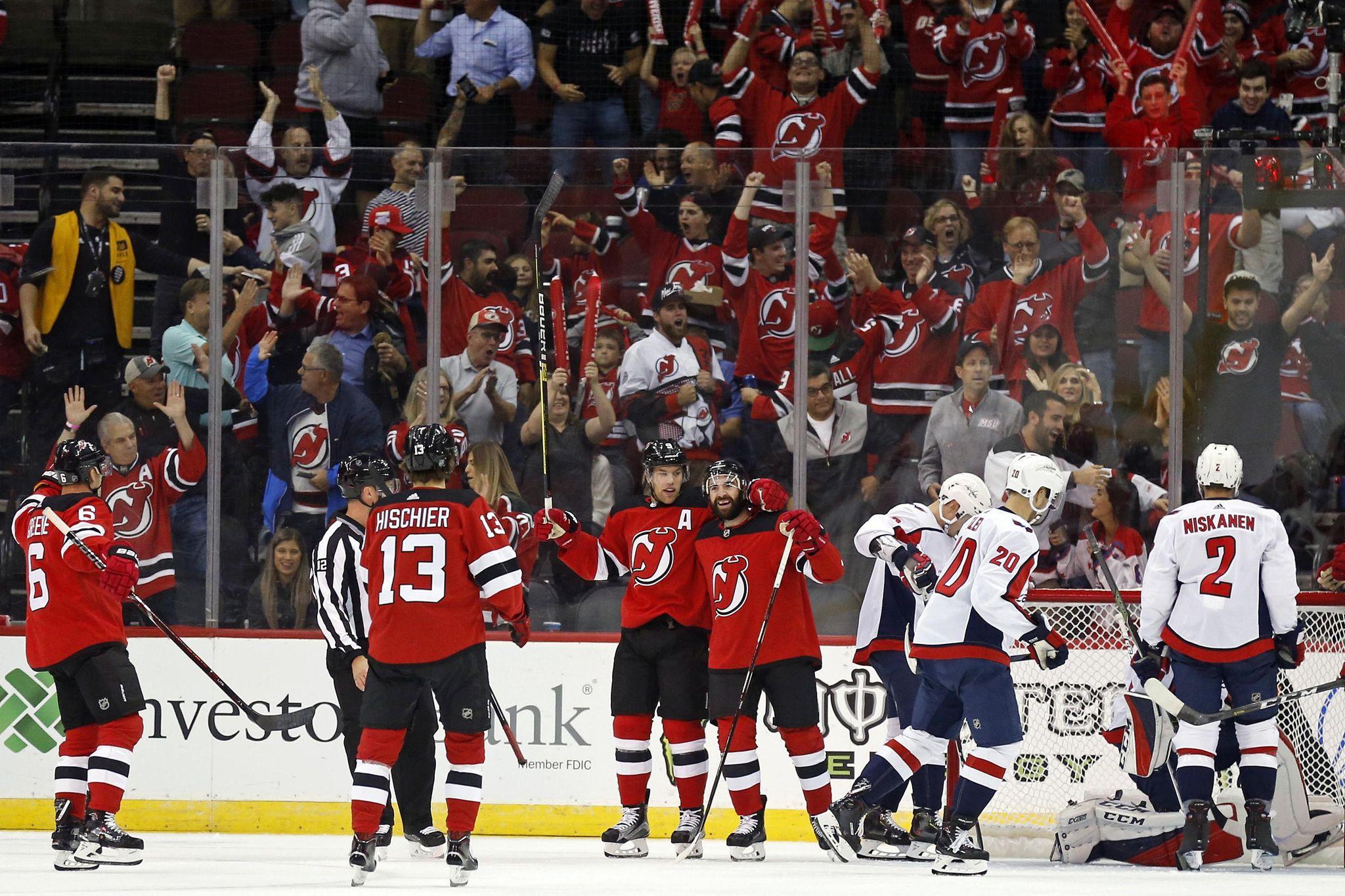 Capitals_devils_hockey_49151_s2048x1365