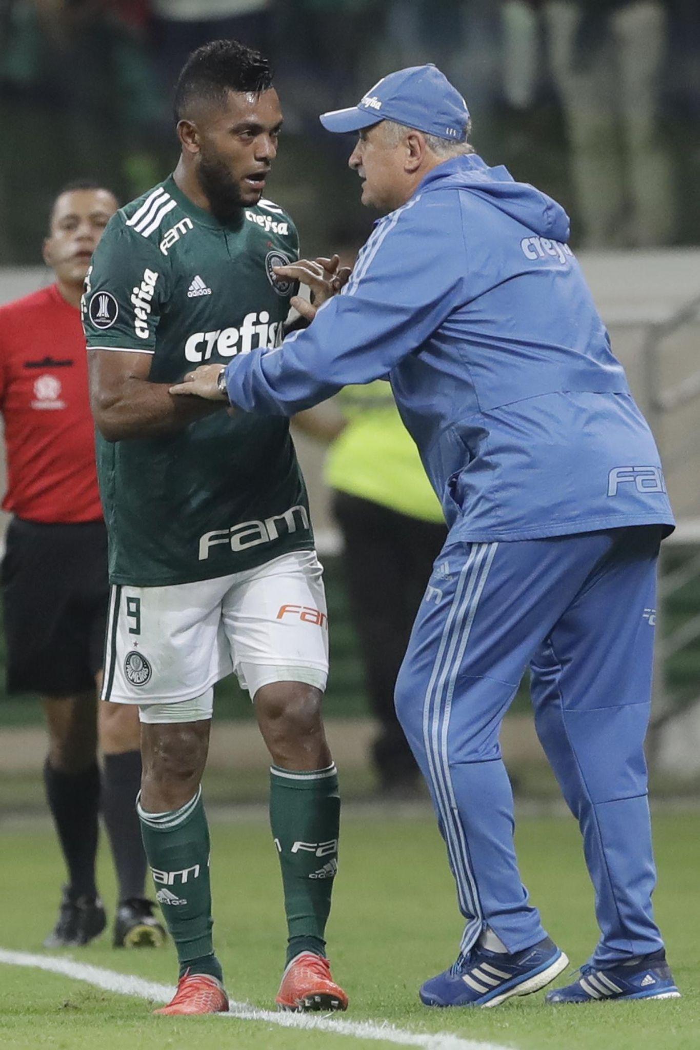 Brazil_chile_soccer_copa_libertadores_57694_s1365x2048
