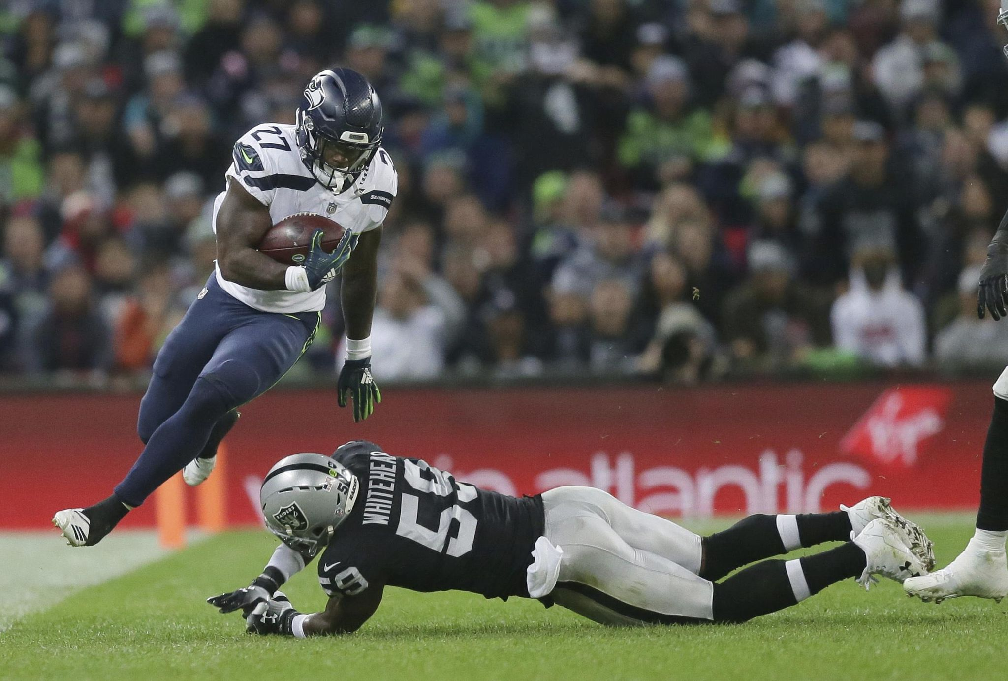 Aptopix_seahawks_raiders_football_20957_s2048x1383