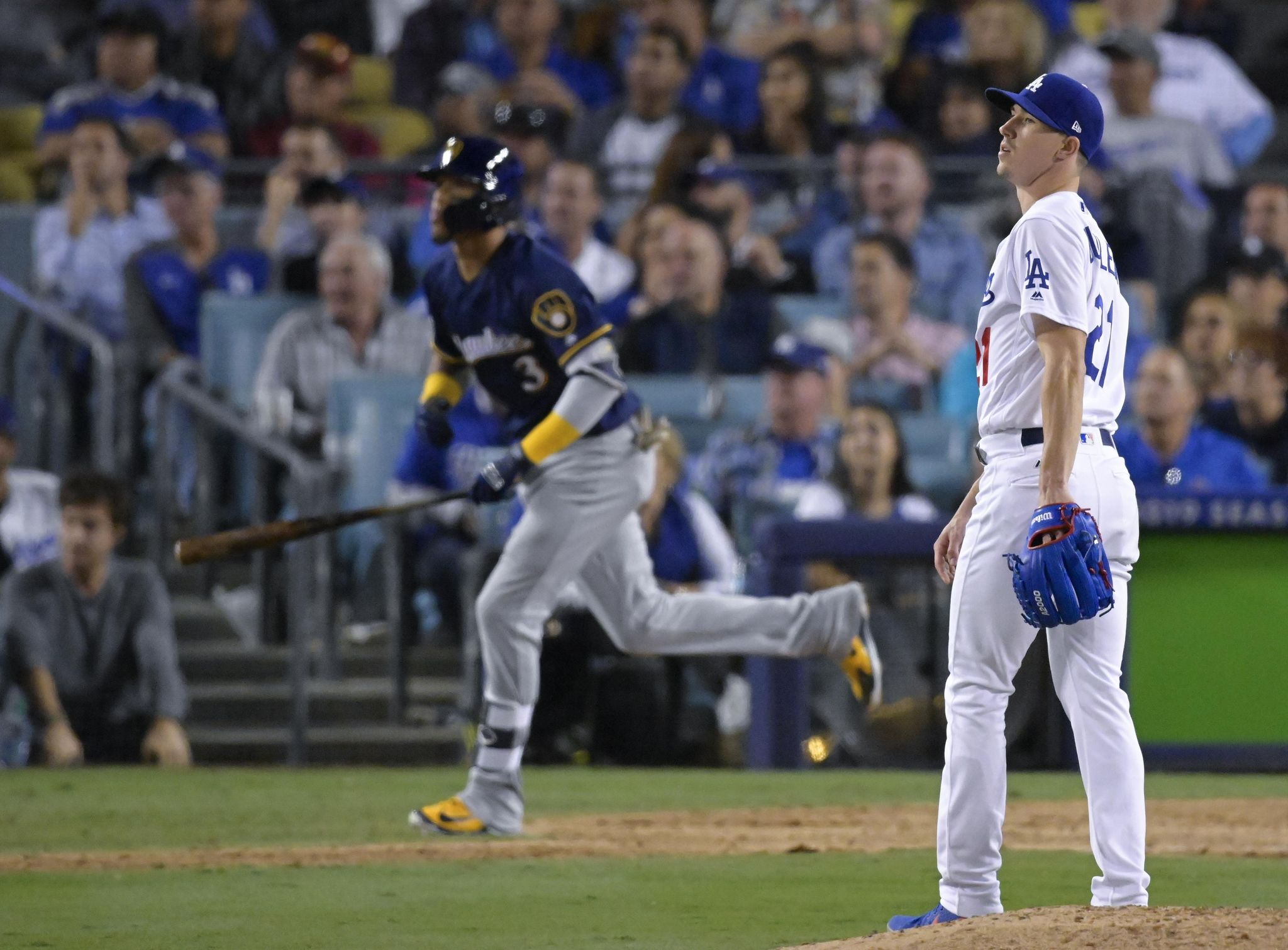 Nlcs_brewers_dodgers_baseball_72241_s2048x1510