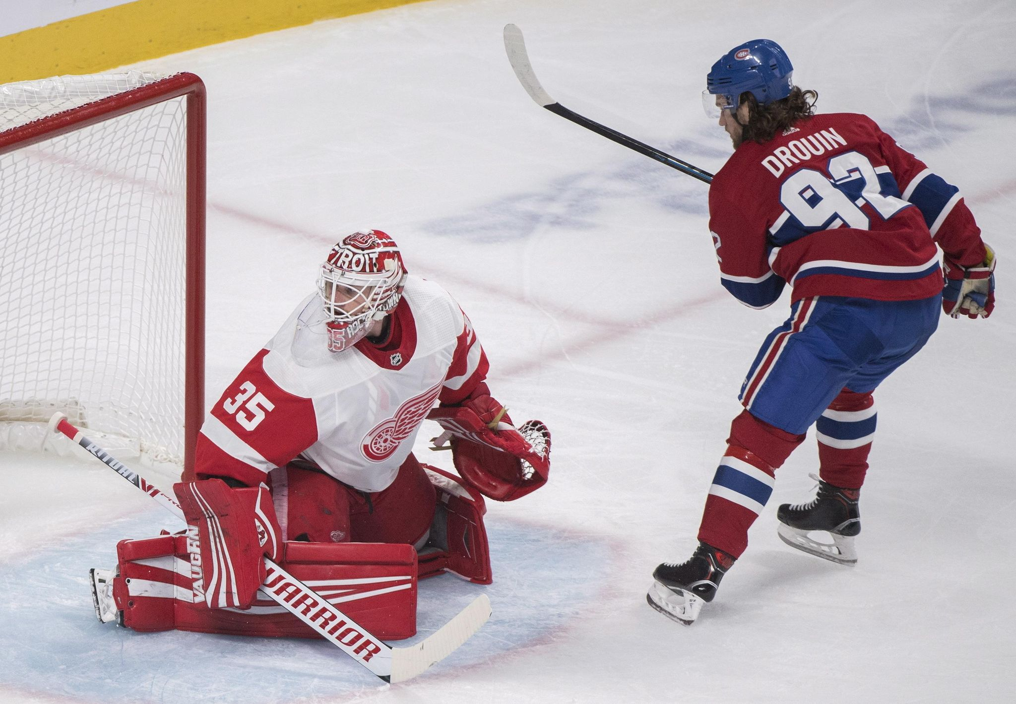 Red_wings_canadiens_hockey_39329_s2048x1419