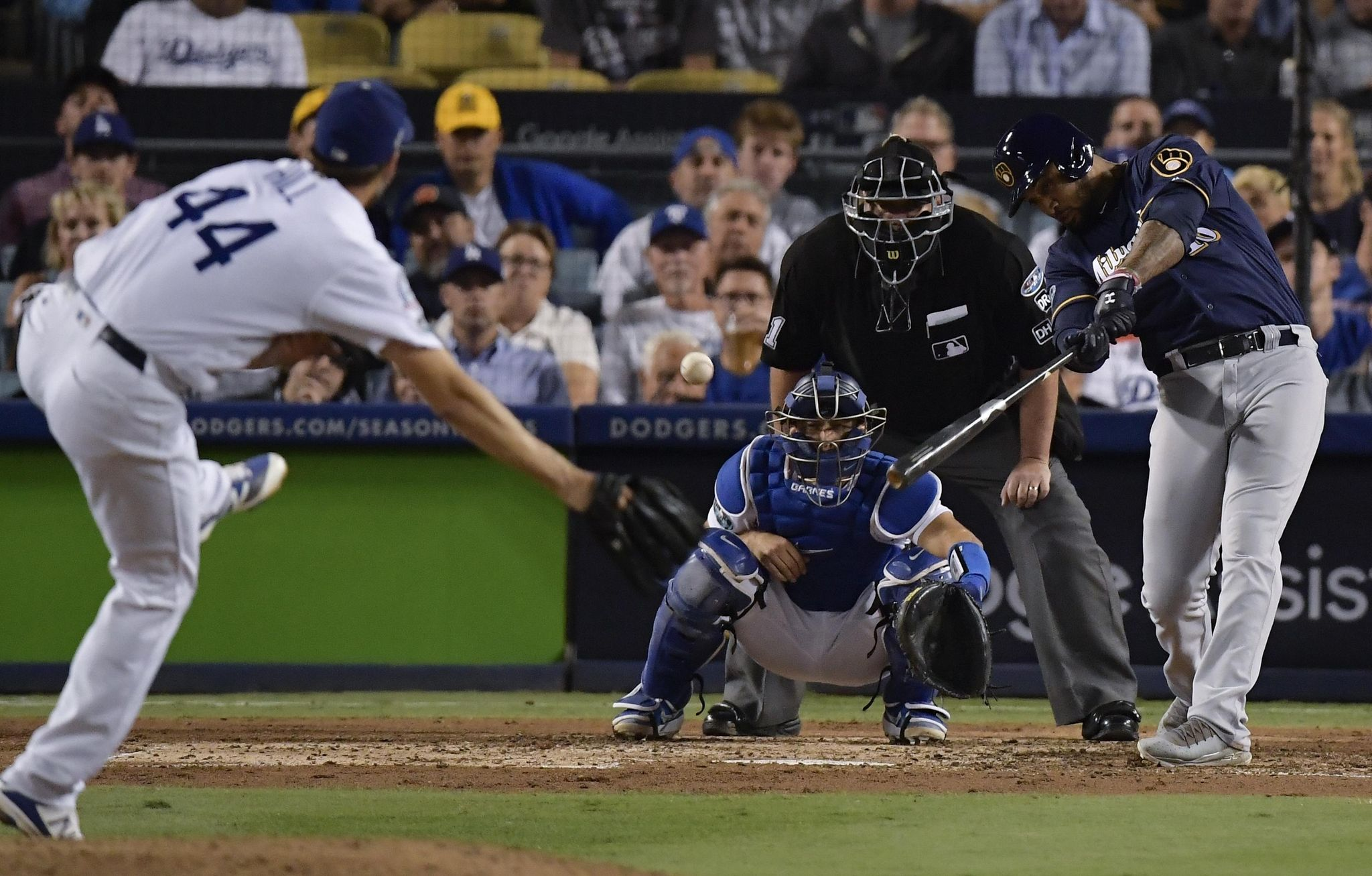 Nlcs_brewers_dodgers_baseball_14534_s2048x1307
