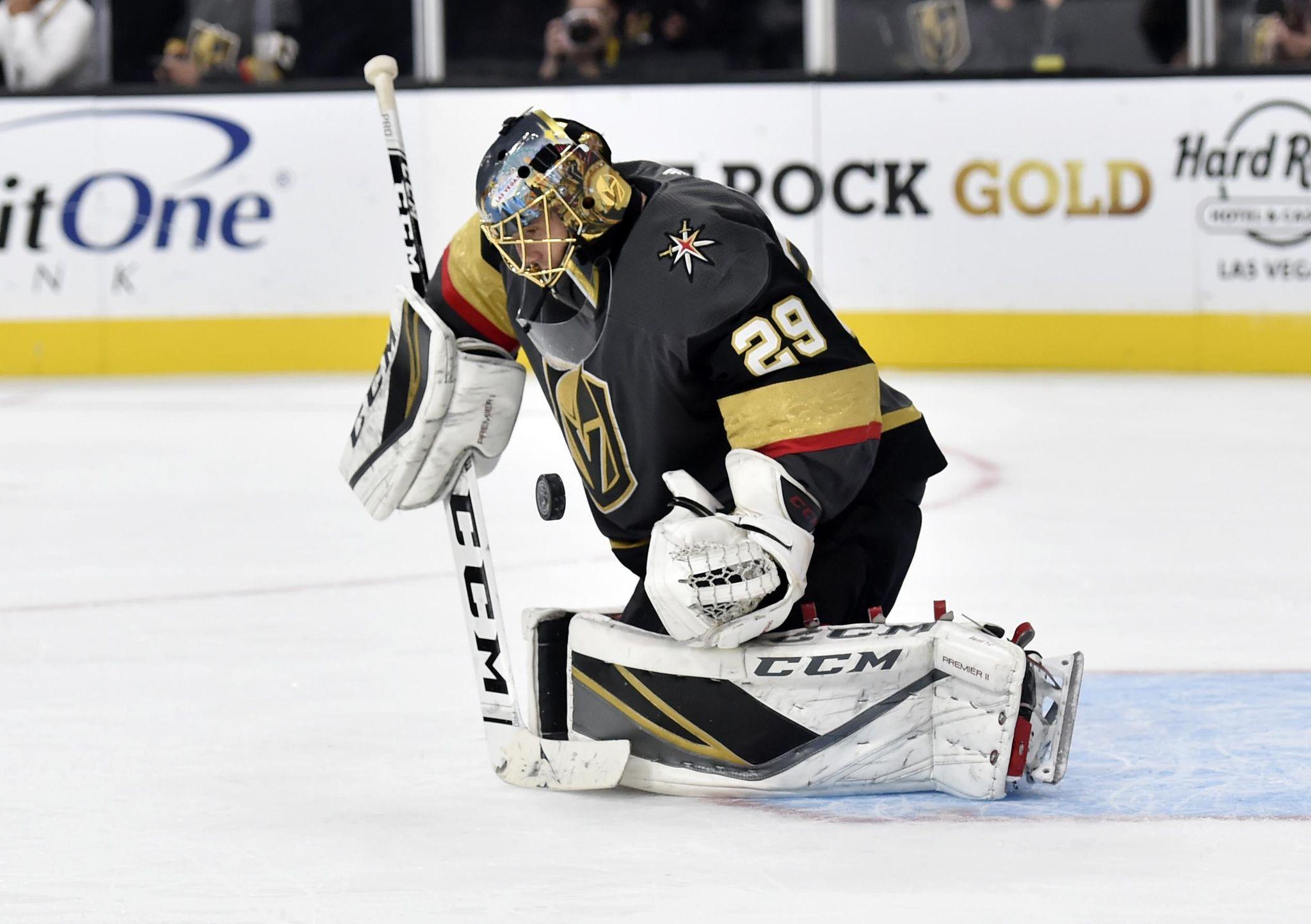 Sabres_golden_knights_hockey_77692_s2048x1444