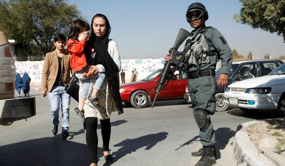Afghanistan election threats, apathy keep voters from polls