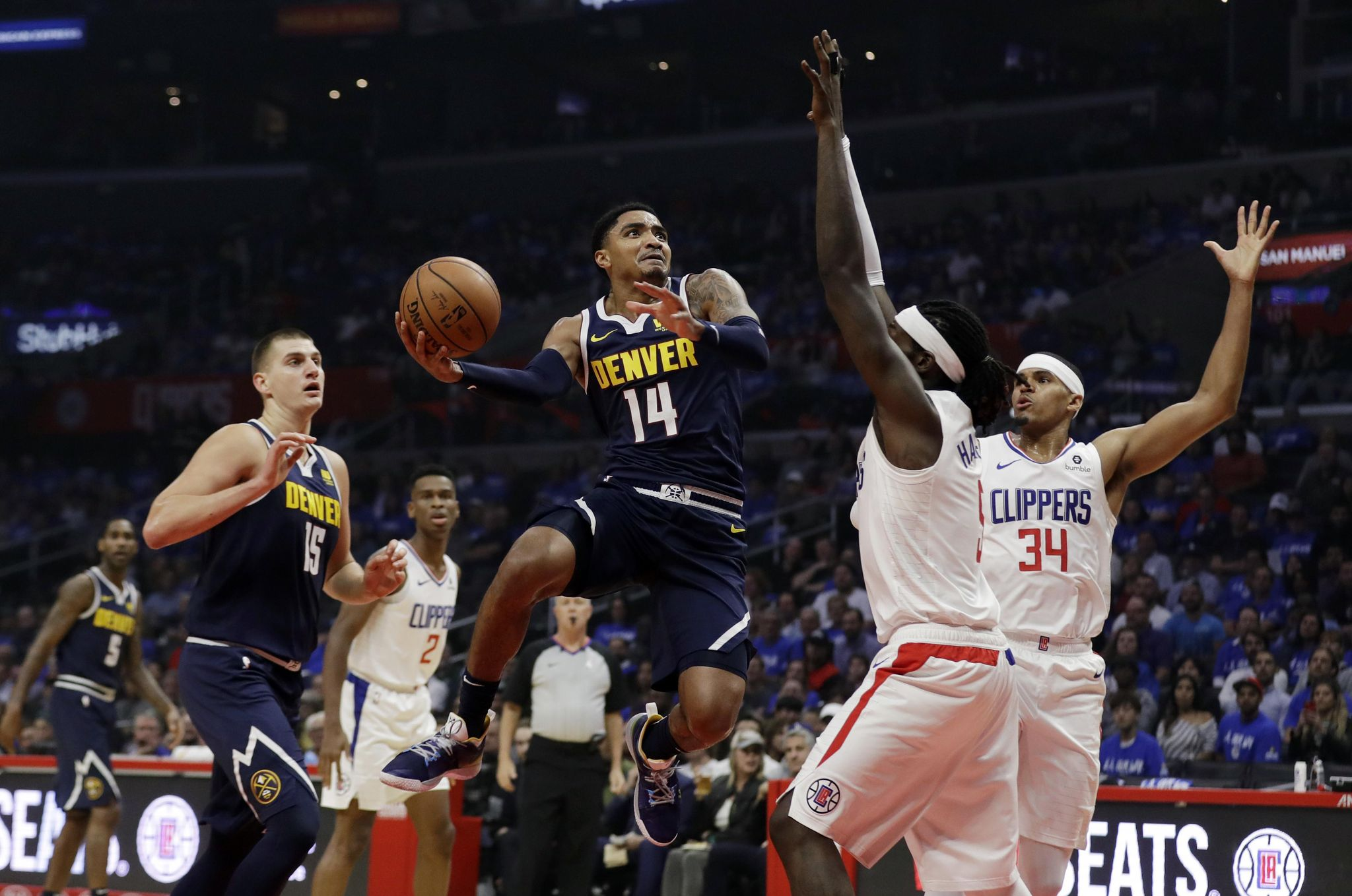 Nuggets_clippers_basketball_12060_s2048x1358