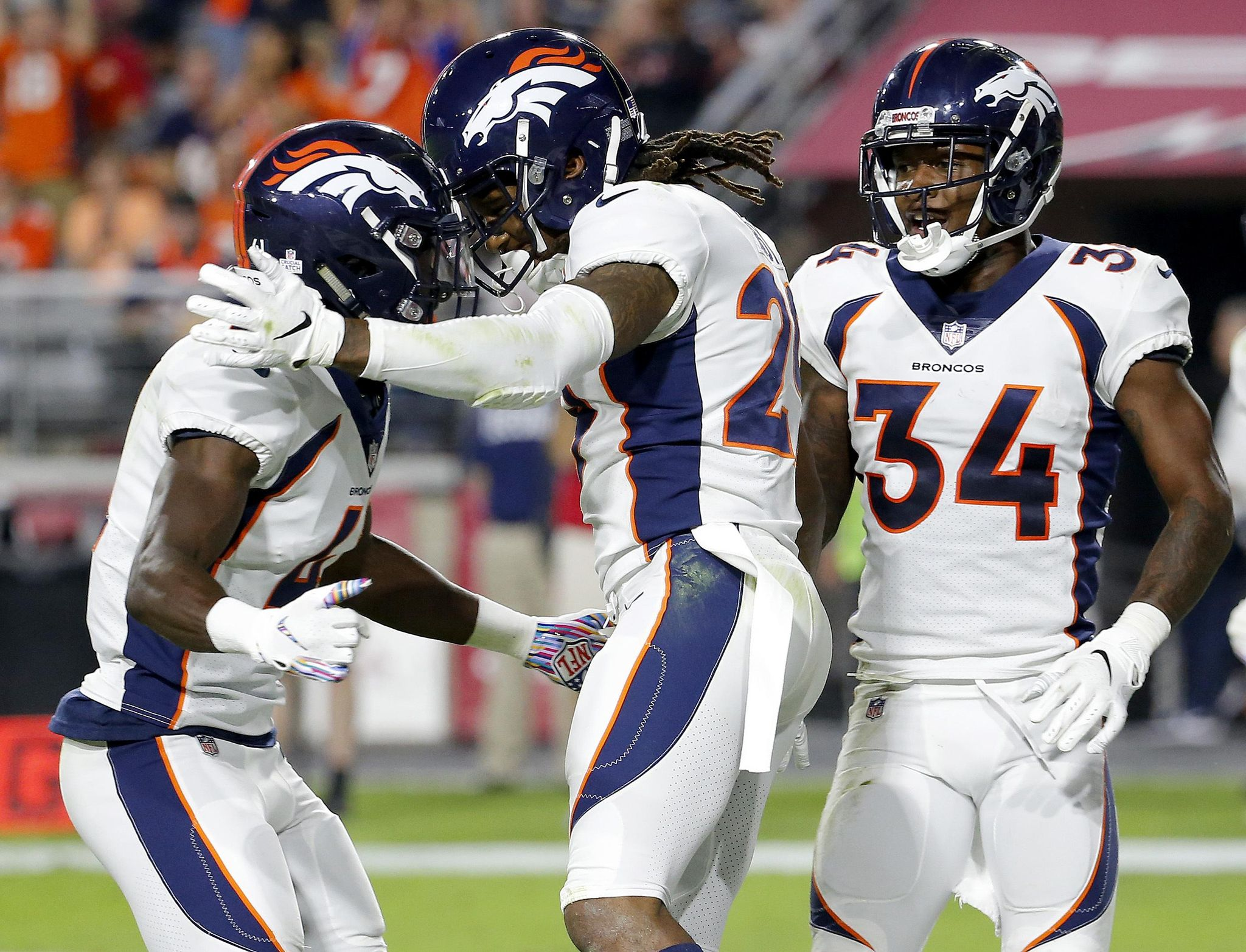Broncos_cardinals_football_45778_s2048x1564