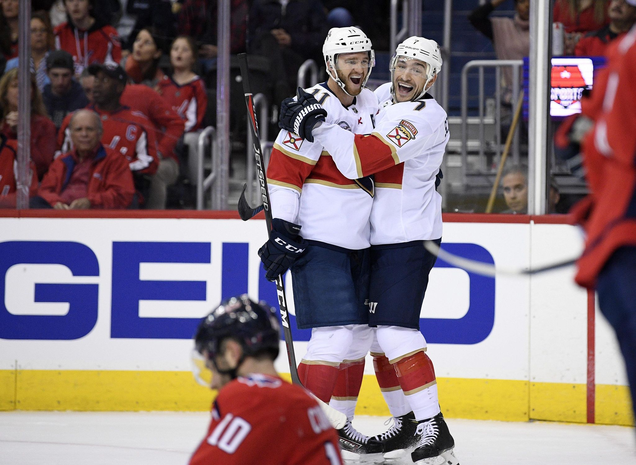 Panthers_capitals_hockey_49123_s2048x1499